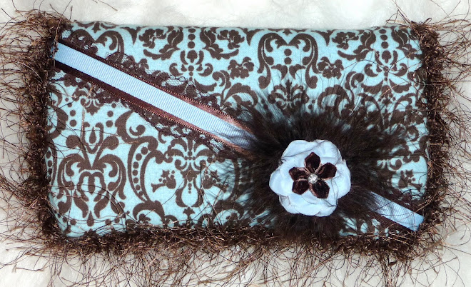 BLuE & BRowN DaMaSk w/ BRowN MaRaBou & sHaG uNiSeX WiPe CaSe