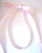 CoTToN CaNDy PiNk 8mm PeaRL & RiBBoN NecKLaCe