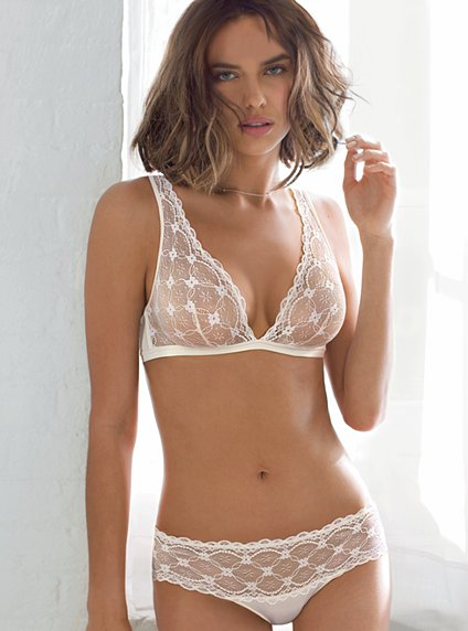 Holiday Lingerie Shopping Guide: Victoria's Secret