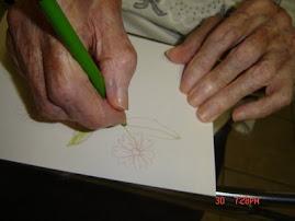 mãos de ALICE aos 90 anos