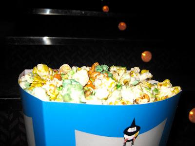 Cine, flores y una nueva tienda