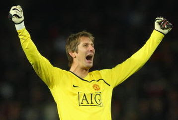 manchester united blog edwin van der sar record breaking goalkeeper