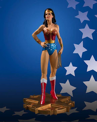 Lynda Carter estatua de Wonder Woman