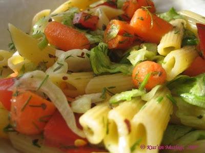 oktay usta tarifi yapılışı: Makarna Salatalari