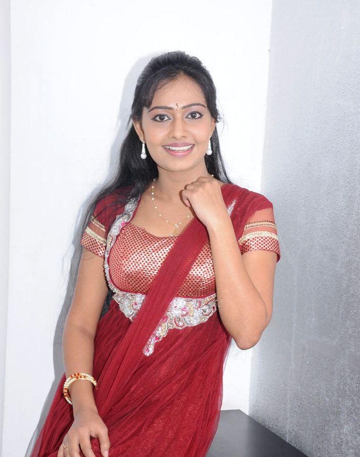 Tamil Actress Divya Padmini Cute And Glamour Gallery