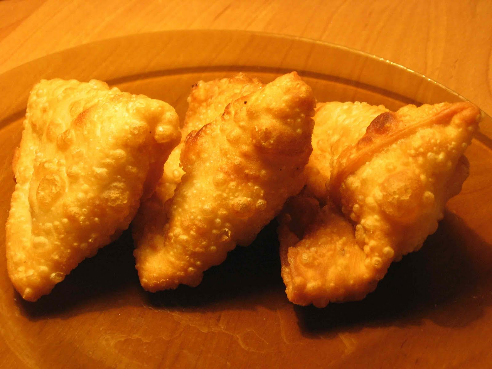 Cooking Up Something Nice: Samosa - the perfect Indian snack recipe