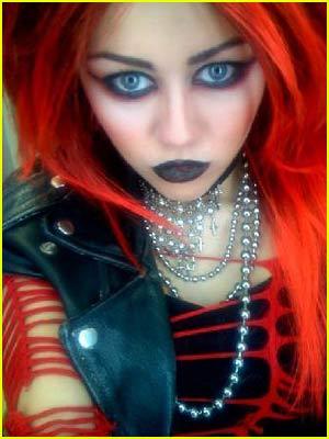 http://2.bp.blogspot.com/_UlQyLJAhfxk/TUu0hSvC-YI/AAAAAAAAAsc/vkPylWRlC7M/s1600/miley-cyrus-punk.jpg