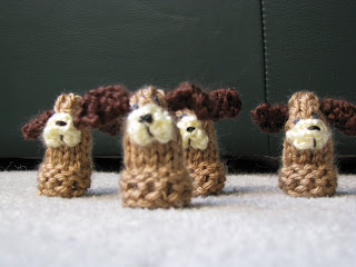 How to Knit Finger Puppets | eHow.com