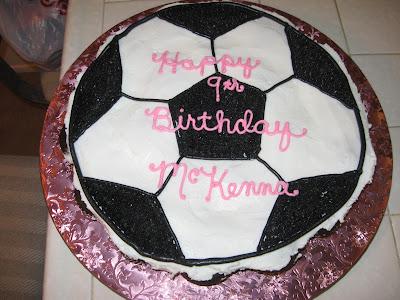 soccer ball cake. McKenna#39;s Cupcake Soccer Ball