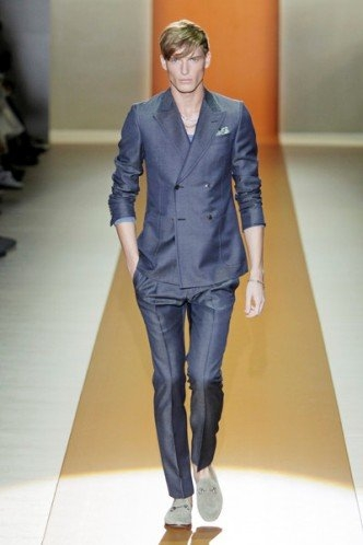 Moda Gucci y H and M para hombres primavera verano 2011