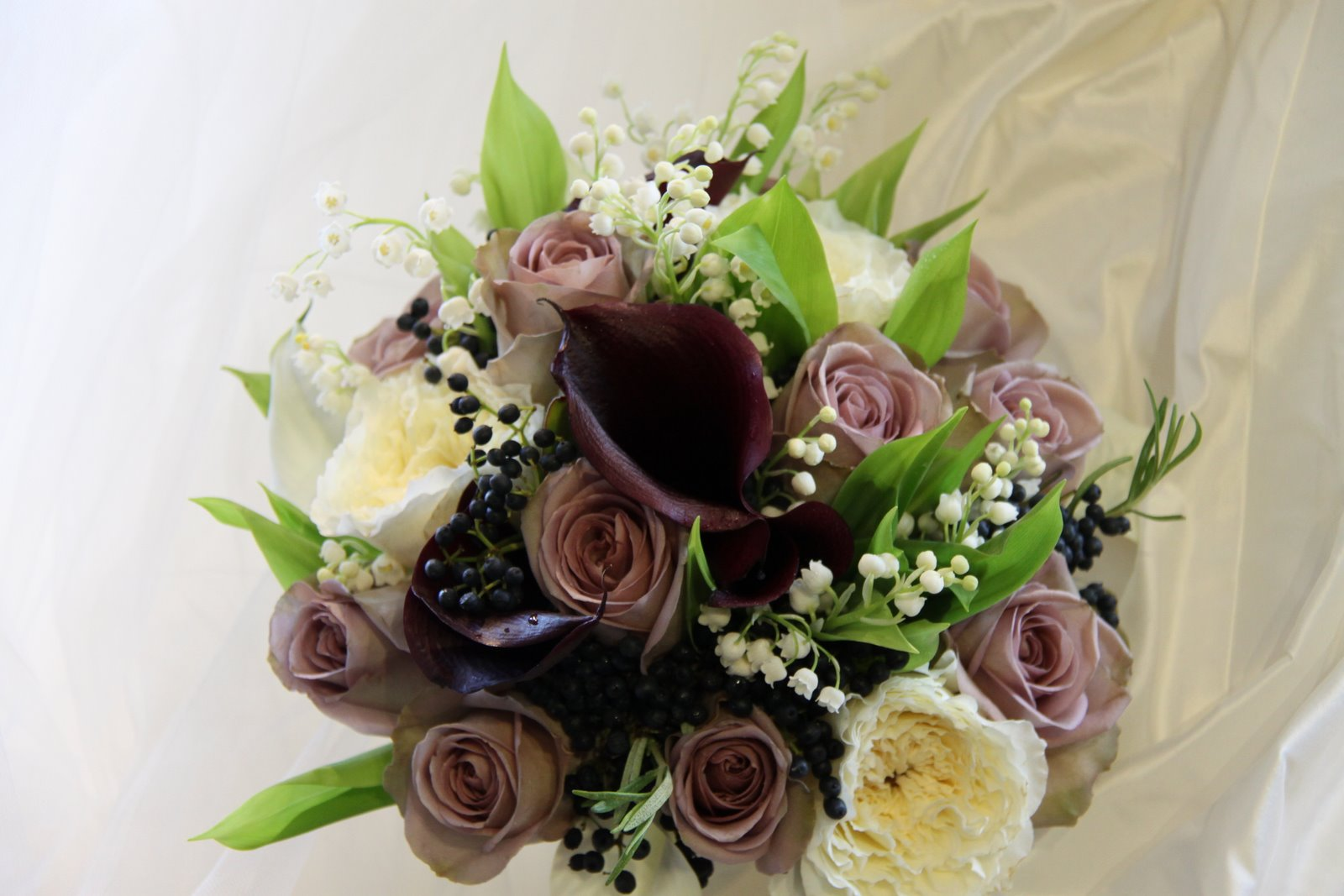 Wedding Flowers Roses And Lilies : The flower magician lily of valley rose calla