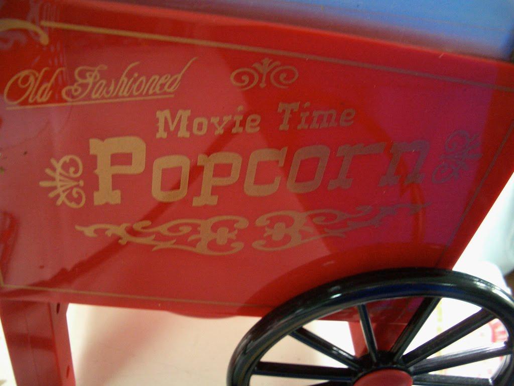 http://2.bp.blogspot.com/_UnYG5zOkgEY/SwIDWVTcDaI/AAAAAAAABTI/Q2vw8bdymDY/s1600/popcorn.jpg