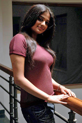 Priyamani with no offer in Tamil is busy in kannada