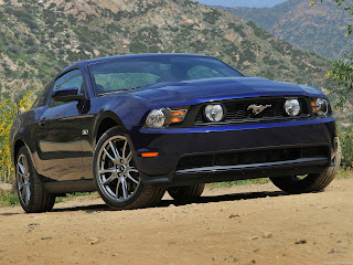 New Luxury FORD MUSTANG GT 2011 Wallpapers
