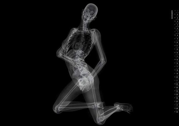 Labels: nude, pin-up, skeleton, X-ray