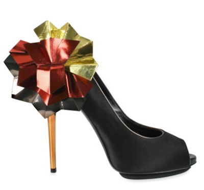 Hong Kong Fashion GeekHong Kong Fashion Geek: SHOErotica: Diego Dolcini Origami Satin Peep Pumps
