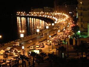 مشهد ليلي من مدينة الإسكندرية