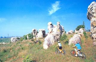 Mo Hin Khao or Stone hade of Thailand