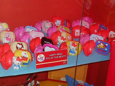 Hello Kitty Mcdonald S Toys : Hello kitty hysteria strikes mcdonald s in singapore eater