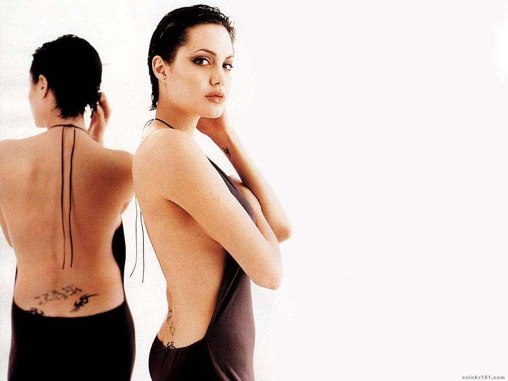 angelina jolie wallpapers hot hollywood girl in bra and without