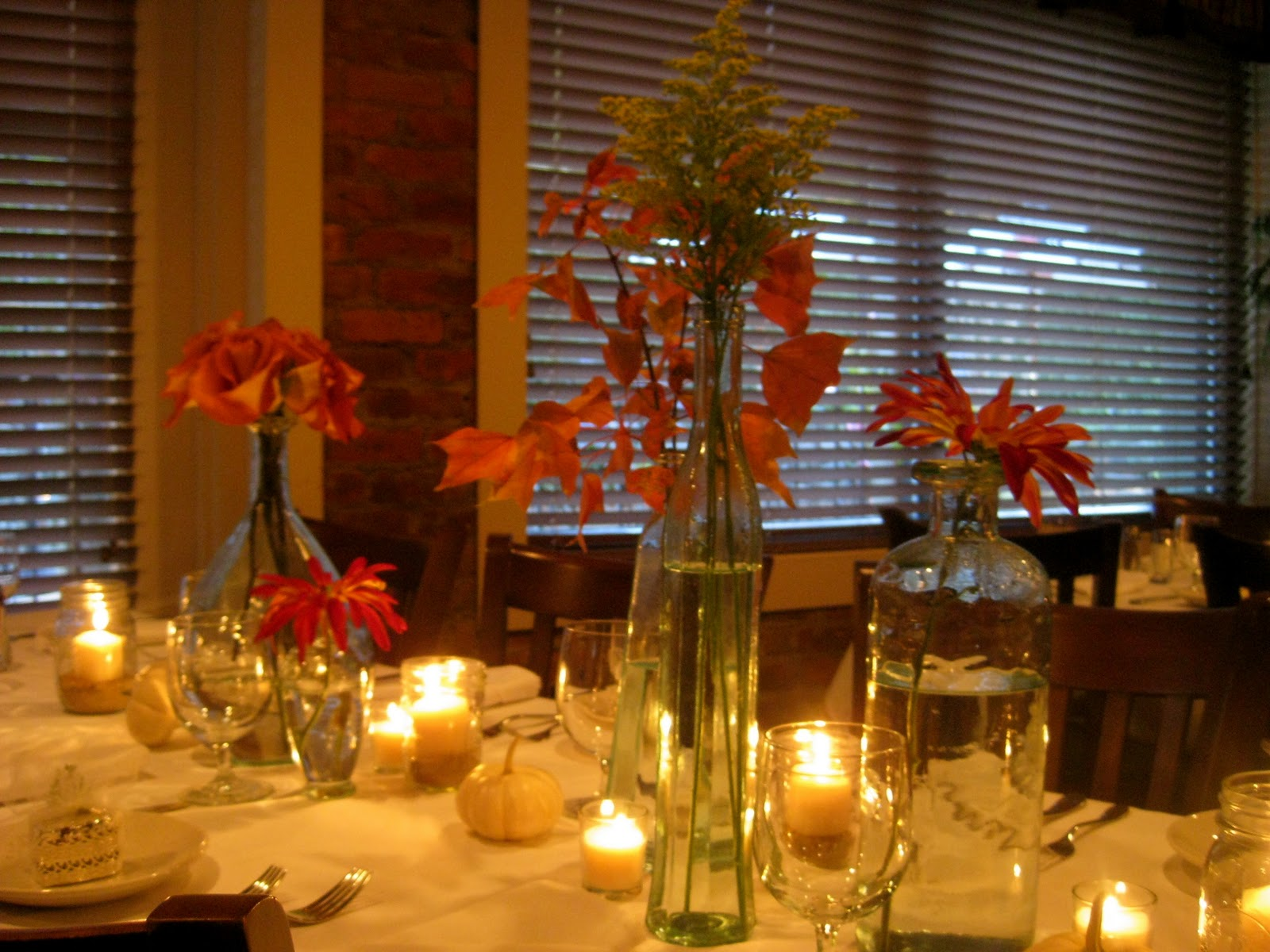 Southern by design how to decorate your thanksgiving table Fall decorating ideas for dinner party