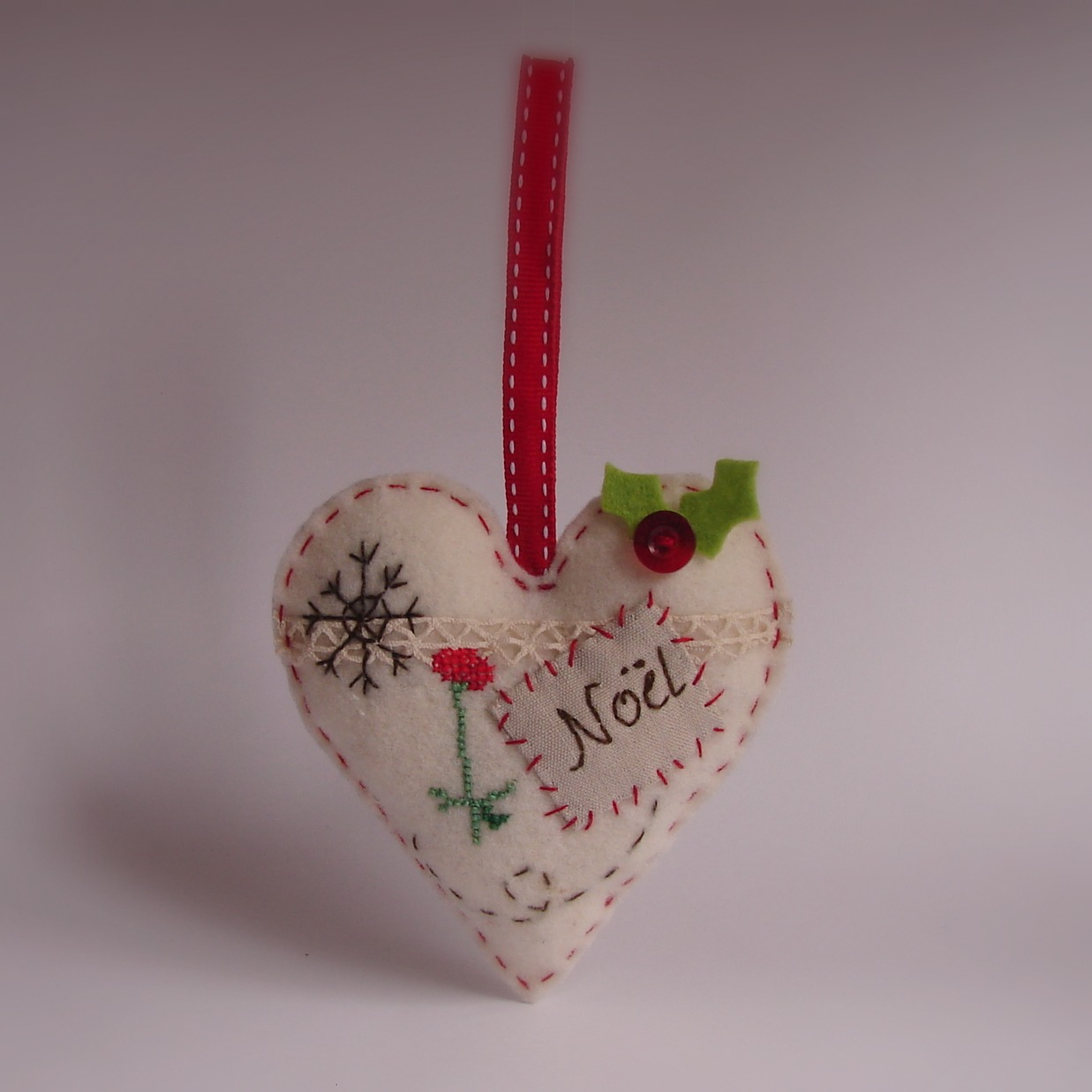 Christmas felt ornaments - Some More Pretty Ornaments To Decorate The Tree These Are Made With Gorgeous Wool Felt They Are Hand Embroidered The Heart Has Been Embellished With
