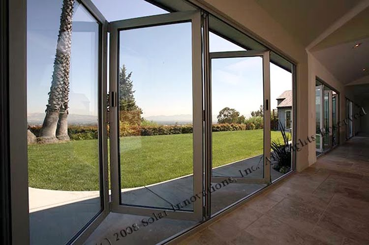 Folding Glass Walls : Dreamhaus retractable glass walls