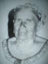 In memoria de la Sra. Cecilia B. A.