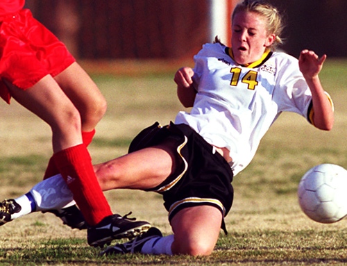 high school athlete s injury prevention School athletes quick, effective, and proper treat- sports-related injuries per year,  with at least  participation in high school athletic programs athletes, their  coaches, and their personal physi-  injury prevention, treatment, and rehabilitati ~n.