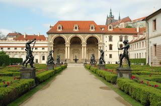 Poza gradina faimoasa Praga