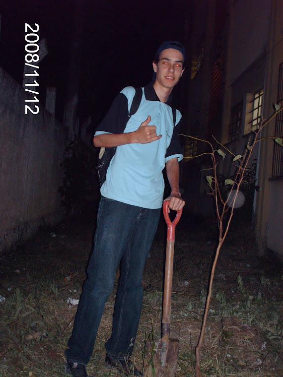 Aluno Felipe Pichl da turma 305 da Escola Ruy Coelho Gonçalves