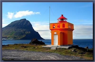 Bolungarvik_Lighthouse01