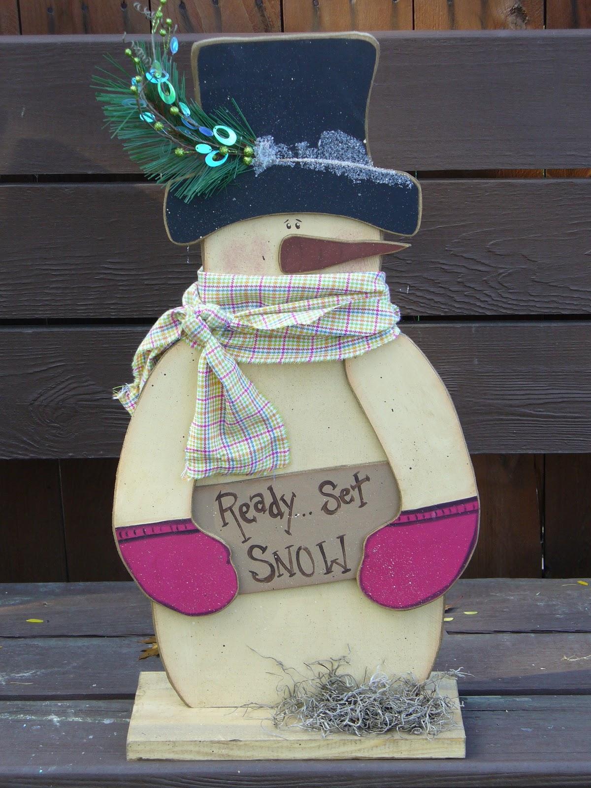 Primitive crafts snowman