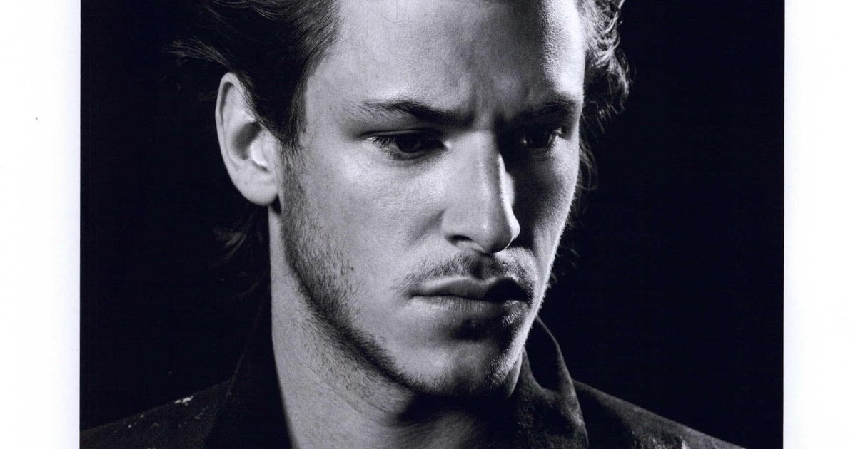 gaspard ulliel the sims 2 beauty and the beast. Black Bedroom Furniture Sets. Home Design Ideas