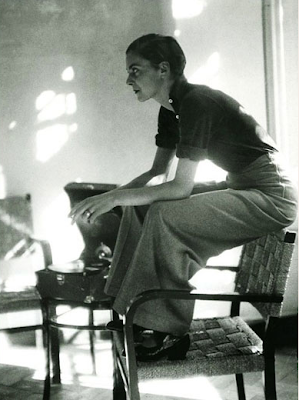 annemarie+schwarzenbach+sitting+on+top+of+chair Annemarie Schwarzenbach