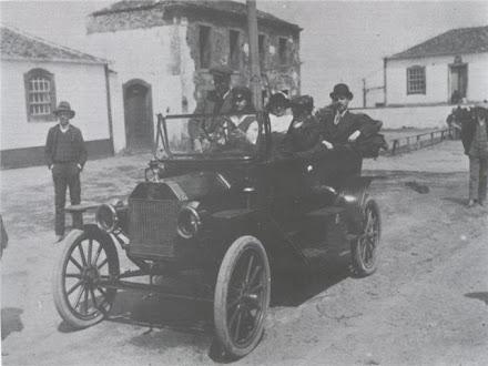 AUTOMÓVEL NA ILHA TERCEIRA