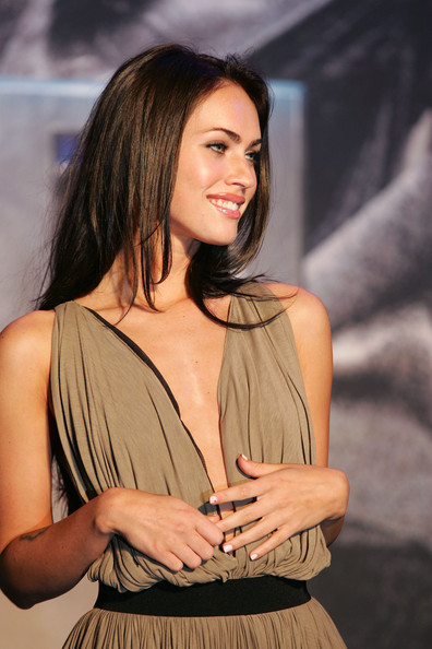 megan fox hairstyles 2010. Megan Fox Cute Hairstyle for