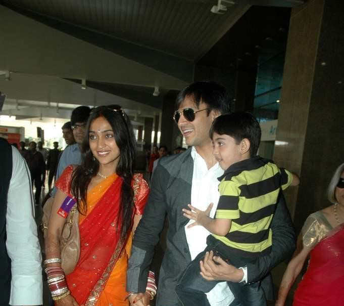 Vivek Oberoi amp Priyanka Alvas Wedding Reception!!!