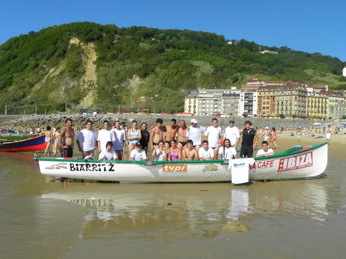 1ª REGATA DE SURFBOAT EN DONOSTI