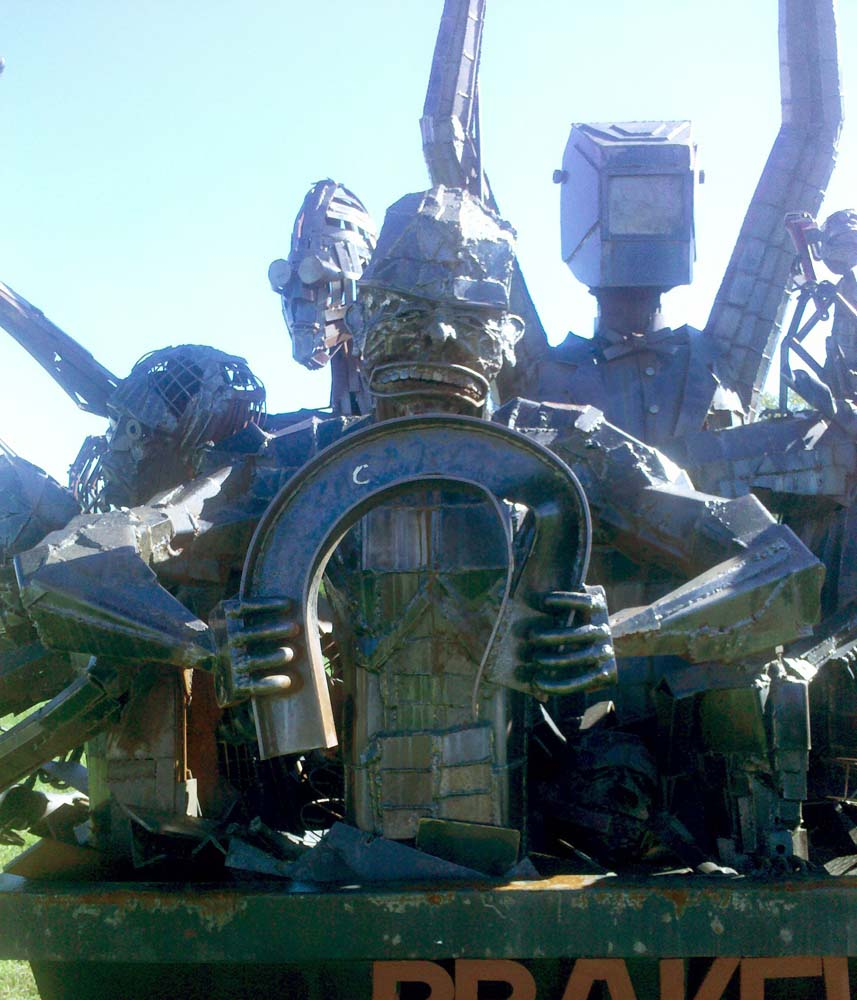 Some Very Cool Steampunk Robot Art
