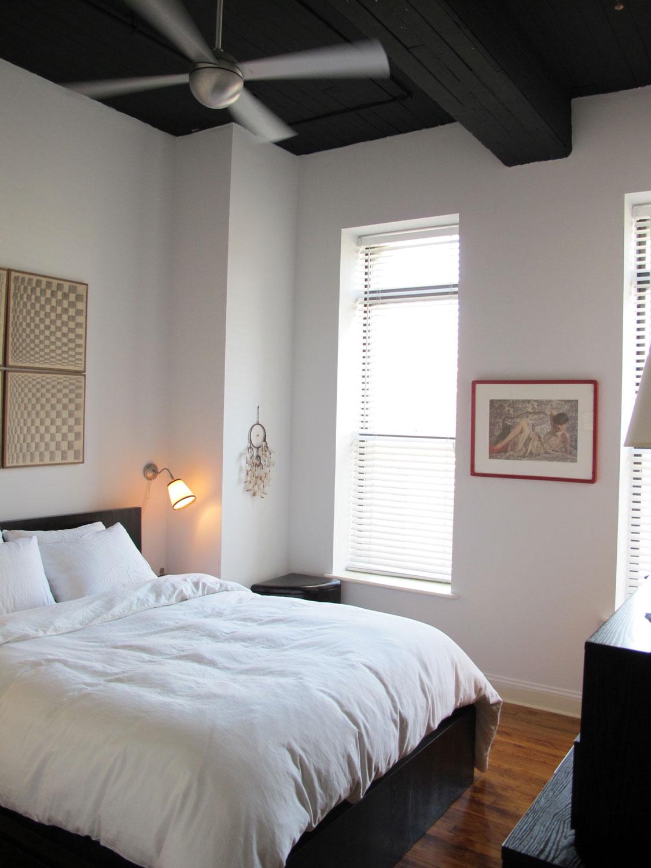 Meggomania Bedroom Ceiling Black Out