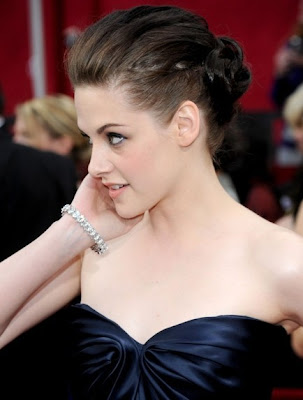 kristen+stewart+2010+oscars+academy+awards Oscars Beauty 2010: Kristen Stewart