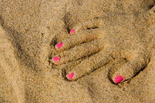 [hand+sand.jpg]