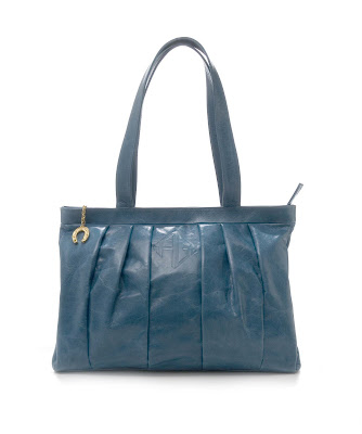 Stormy   blue In The Bag Summer Beauty Giveaway: Everyday Bag