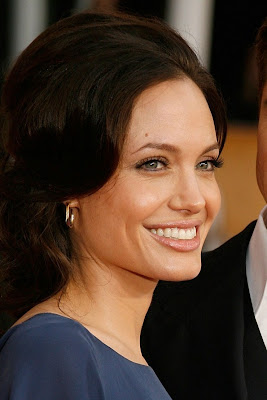 angelina+jolie+sag+2009 SAG Awards Beauty: Angelina Jolie