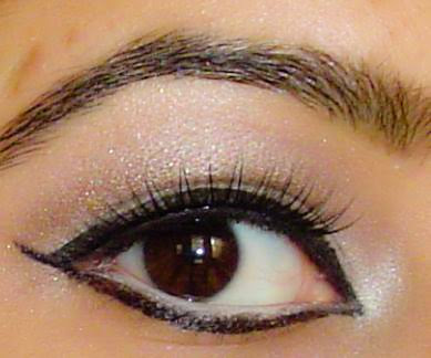indian+girl+kim+kardashian+cat+eye1 Kim Kardashians Fashion Week Cat Eye Re created