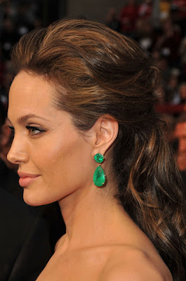 angelina jolie oscars 2009 hair Oscars 2009 Beauty: Angelina Jolie
