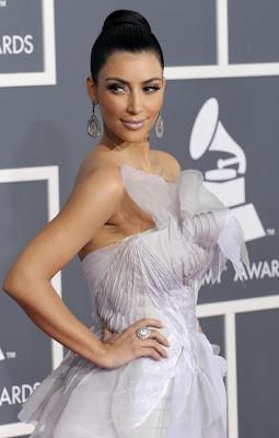 kim kardashian grammy1 Kim Kardashians Favorite Hair Styling Cream