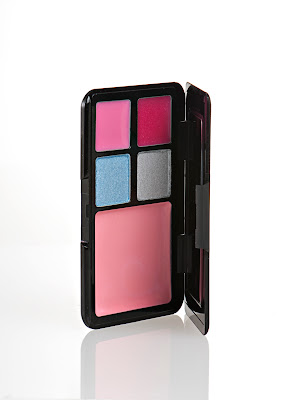 Luna+Pallette+Alice Twilight Beauty Product Photos