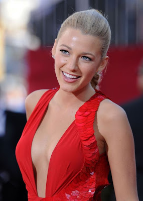 emmys+2009+blake+lively+4 Emmys 2009 Beauty: Blake Lively